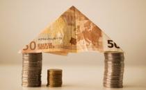 小额贷款公司如何向微贷战略转型